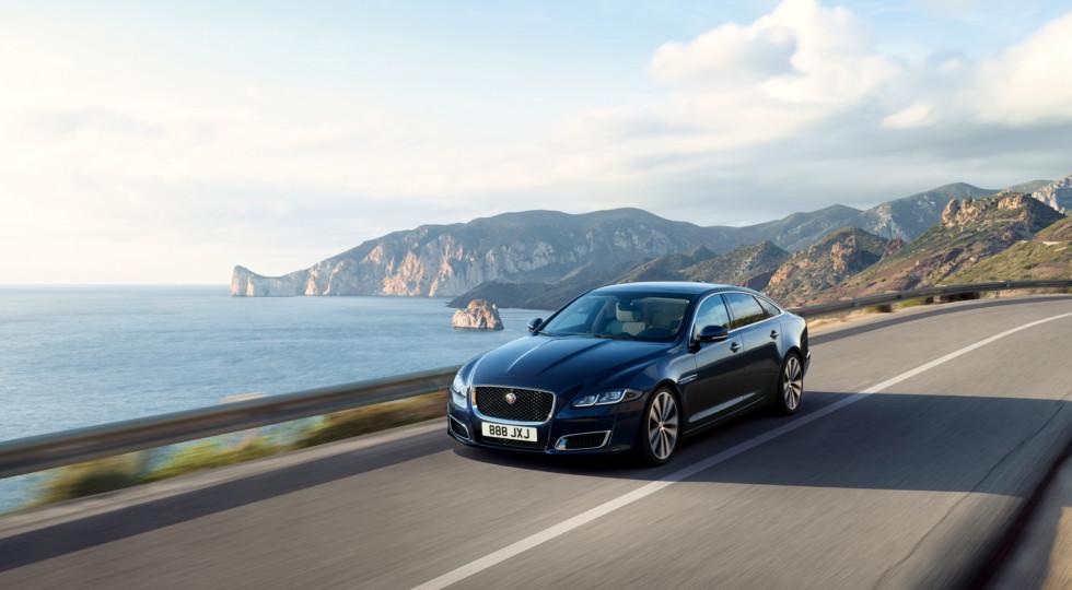 Jaguar выпустил лимитированную версию в честь 50-летия модели XJ