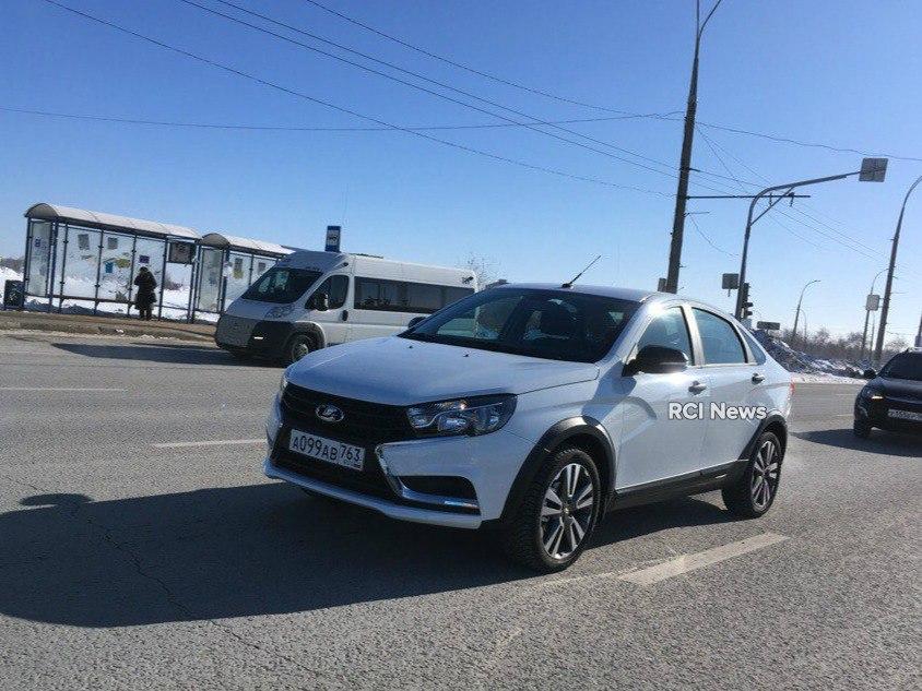 В Тольятти на тестах заметили кроссовую версию седана Lada Vesta
