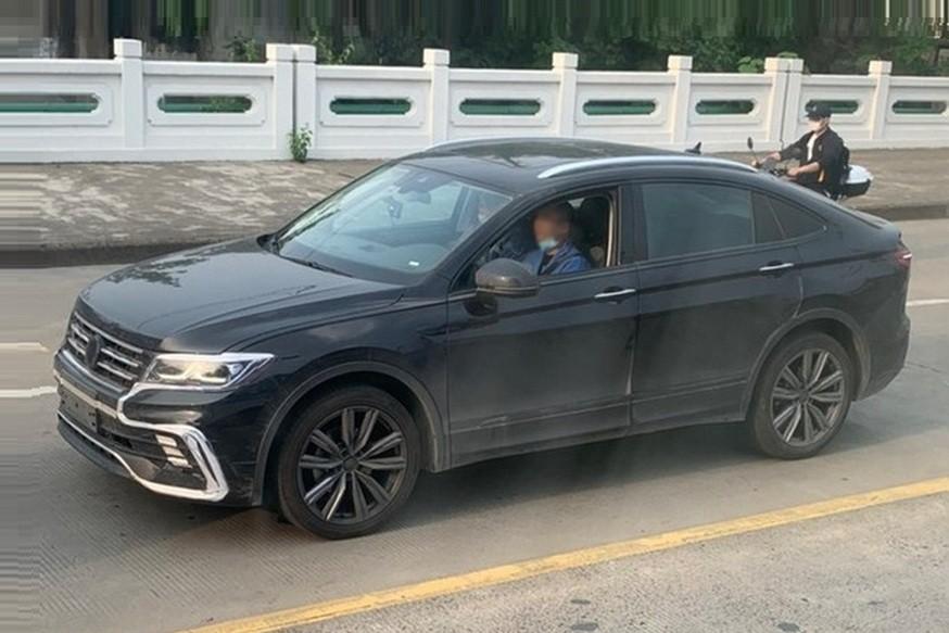 Volkswagen тестирует купеобразный Tiguan в кузове Changan CS85