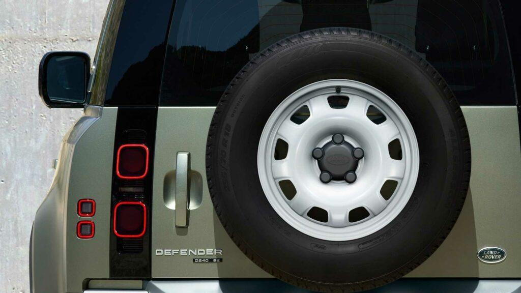 Во Франкфурте представили новый Land Rover Defender