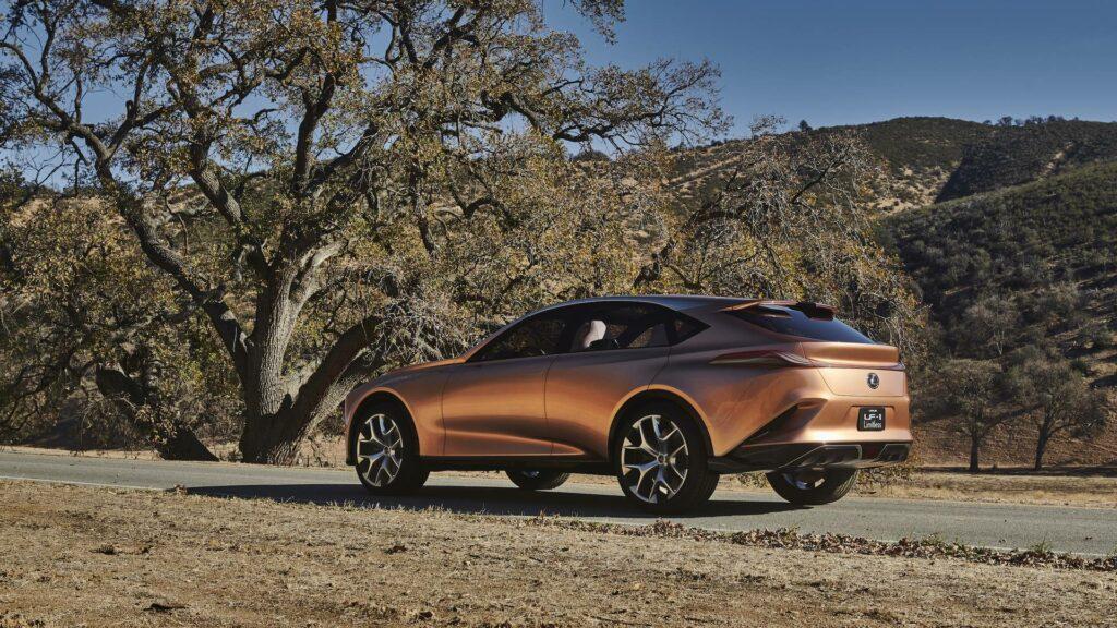 Lexus в Детройте представила новый концепт кроссовера LF-1 Limitless