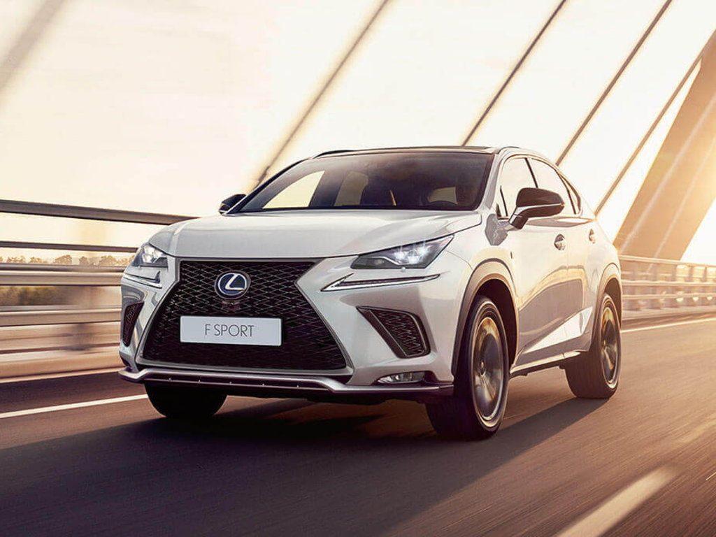 Lexus объявила о специальных предложениях для клиентов в феврале