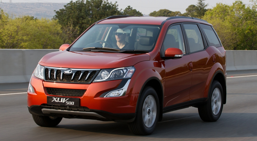 Mahindra вывела на тесты обновлённый кроссовер Mahindra XUV500