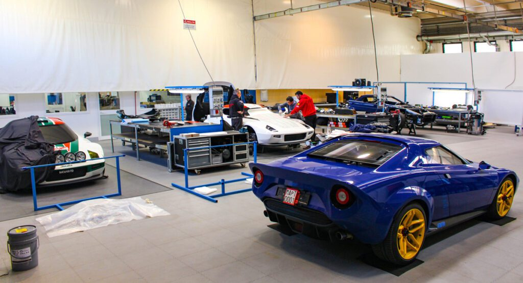 MAT представит New Stratos с механической трансмиссией в Женеве