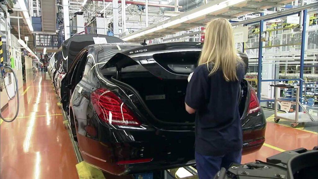 Известны сроки запуска завода Mercedes-Benz в Подмосковье