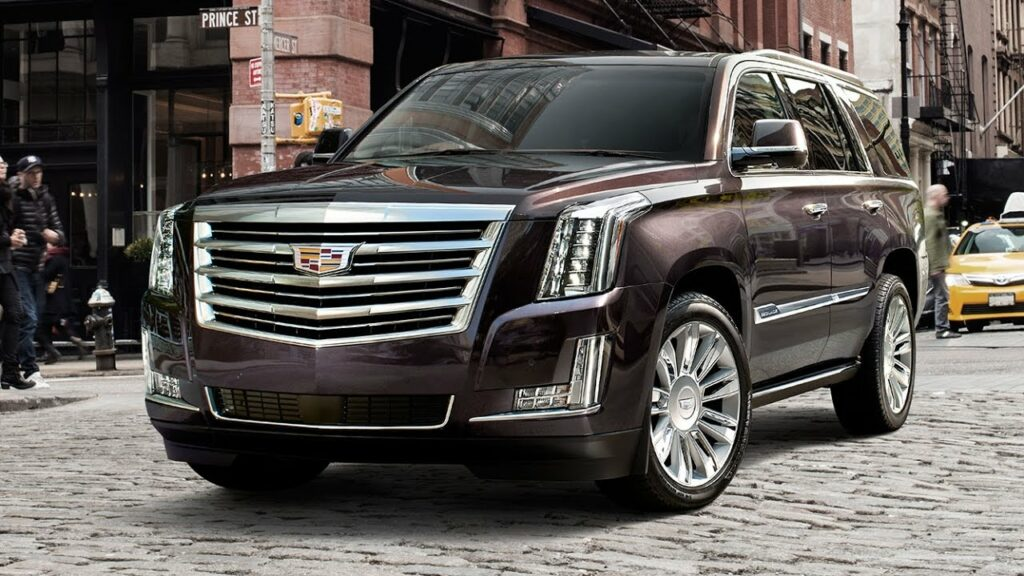 В России резко подскочили продажи автомобилей Cadillac