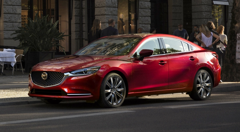 В России начали выпускать обновленный седан Mazda 6