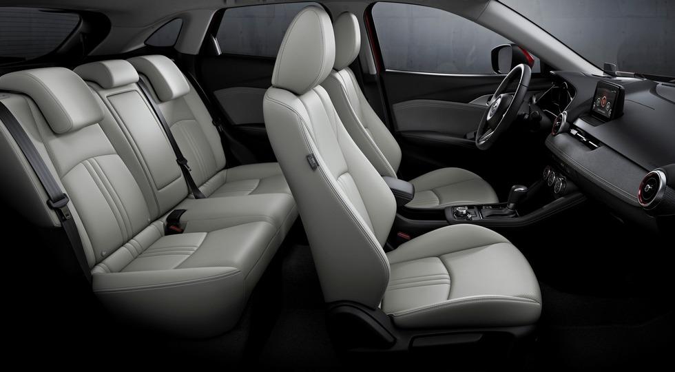 Компания Mazda представила обновленный кроссовер Mazda CX-3