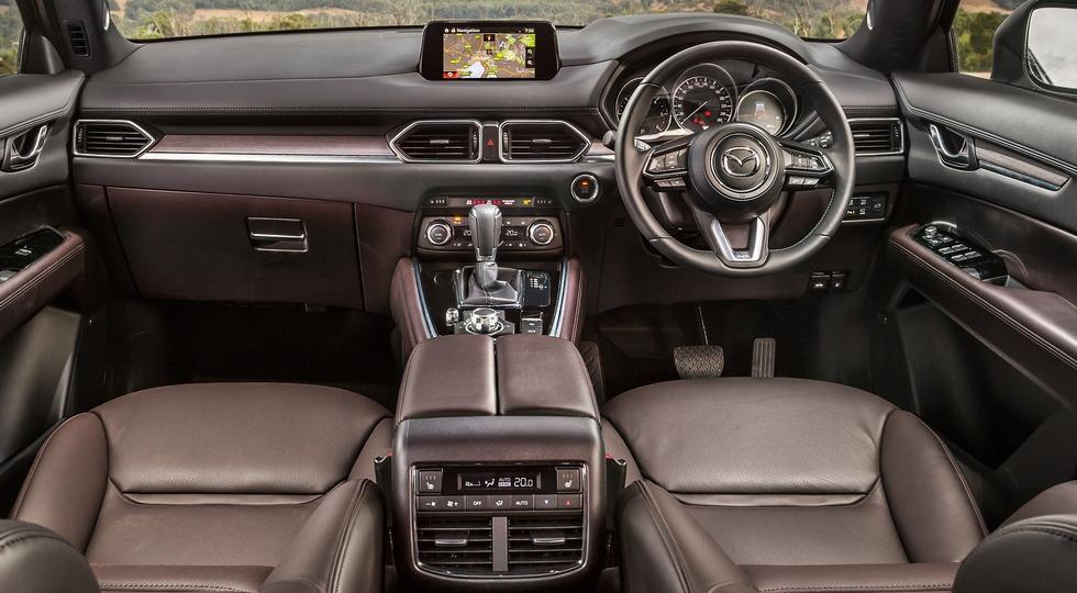 Новый кроссовер Mazda CX-8 выбрался за пределы Японии