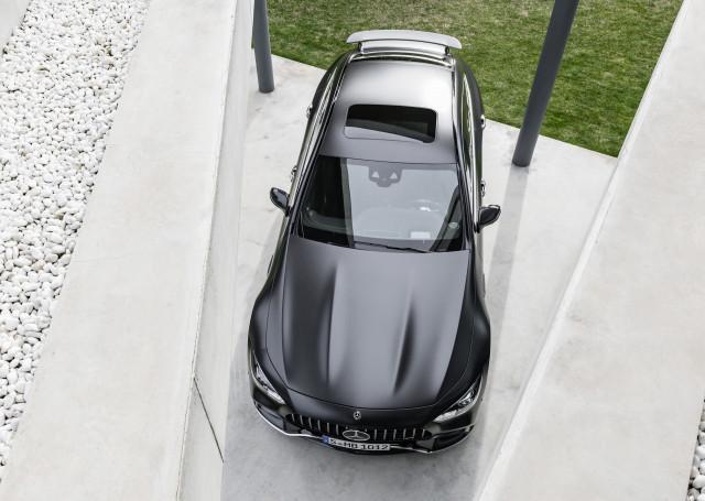 """Mercedes в Женеве представила """"убийцу"""" Porsche Panamera"""
