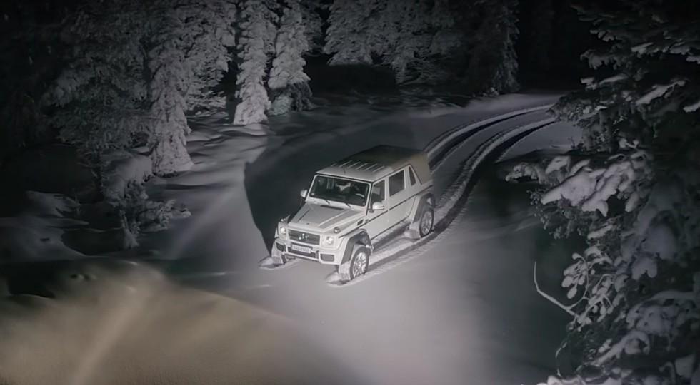 Mercedes продемонстрировал навидео очень интересный дрифт джипа Maybach G650 Landaulet