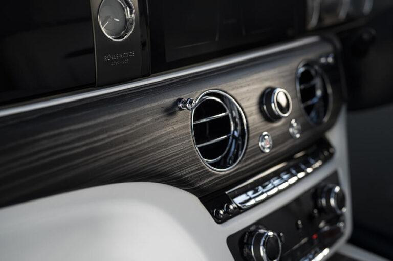 Официально представлен новый седан Rolls-Royce Ghost
