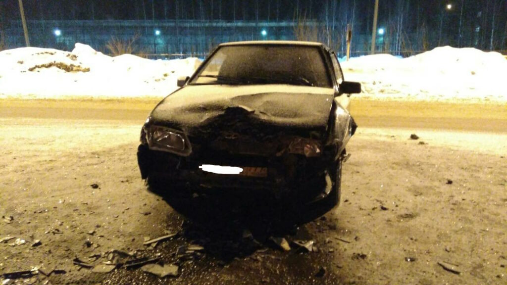 В аварии на трассе Сыктывкар-Эжва пострадали отец и маленькая дочь