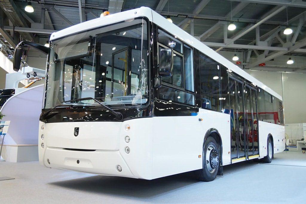 «НефАЗ» показал первый российский автобус для аэропортов
