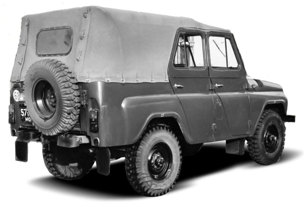 УАЗ напомнил о десятиместном внедорожнике на базе УАЗ-3151