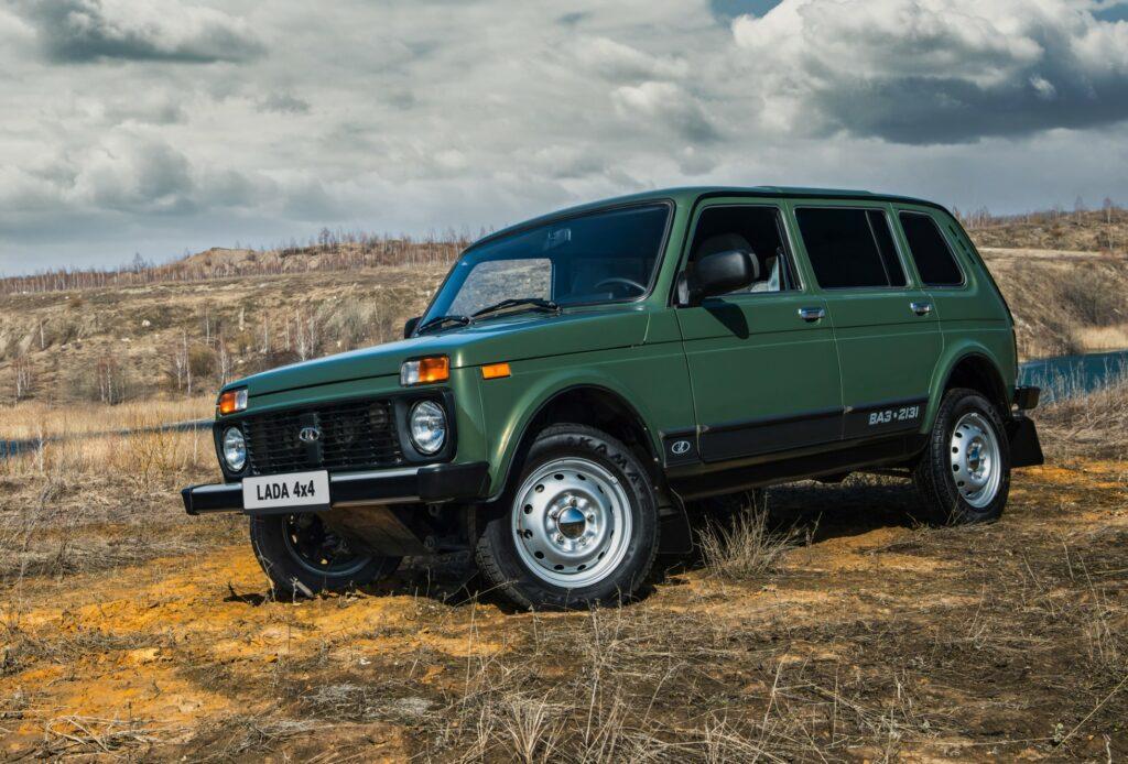 «АвтоВАЗ» решил проблему некачественной покраски Lada 4x4