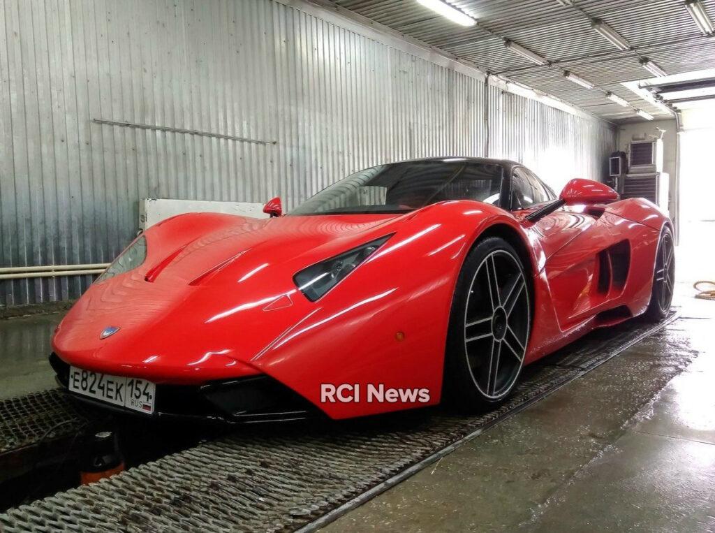 В Новосибирске восстановили первый российский спорткар Marussia B1