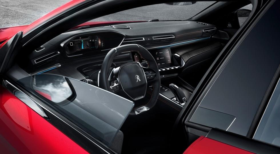 Компания Peugeot официально представила новый лифтбек Peugeot 508