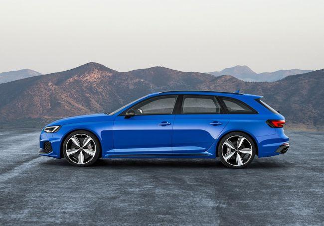 Audi в 2018 году привезет в РФ «заряженный» универсал Audi RS4