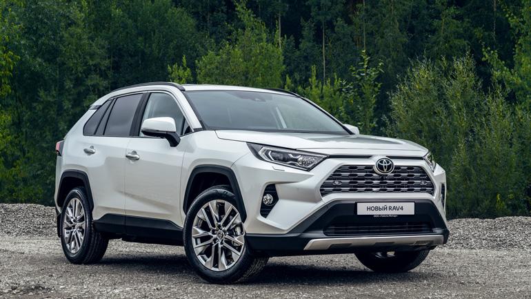В Toyota рассказали, какие RAV4 покупают россияне