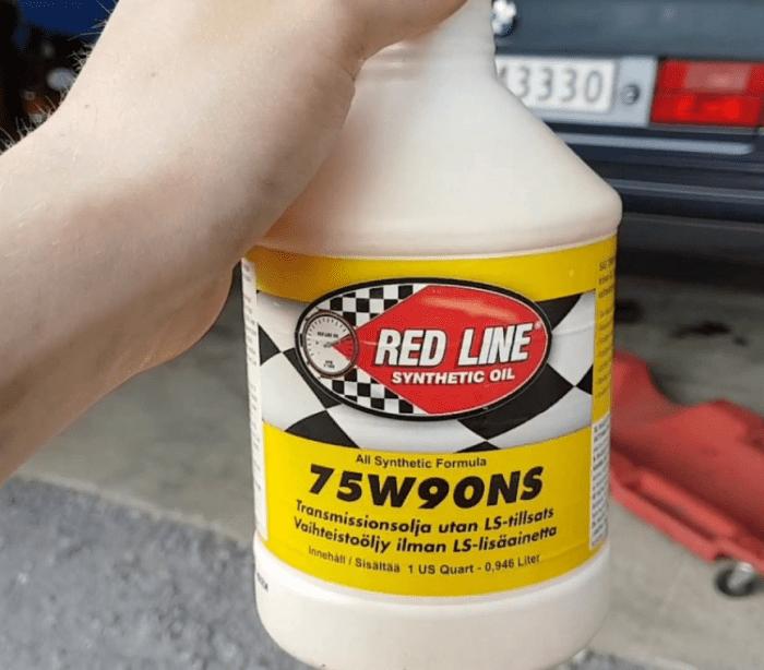 Моторные масла RedLine: виды и критерии выбора
