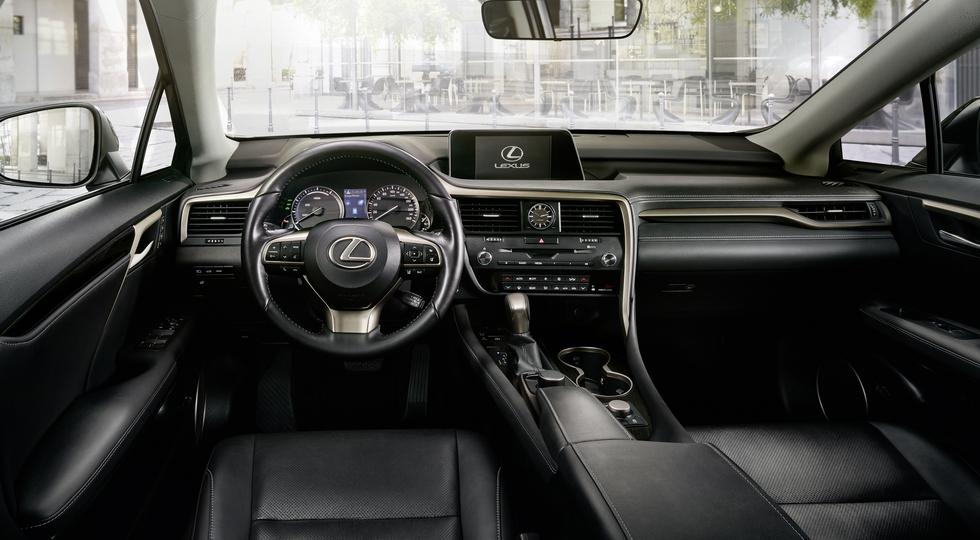 Флагманский кроссовер Lexus RX получил версию RX Sport