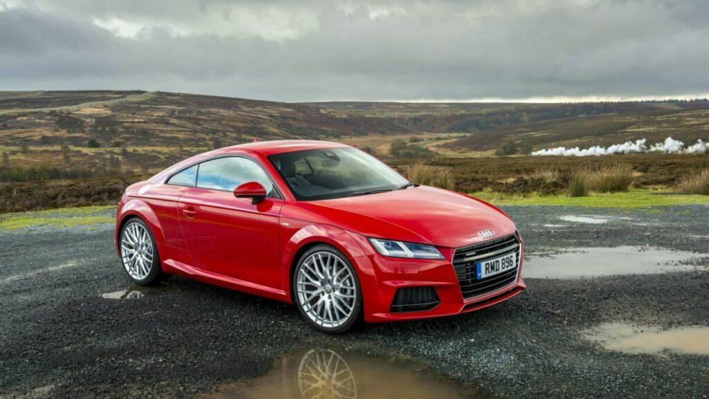Названы топ-3 ушедших автомобилей, которых не хватает в РФ