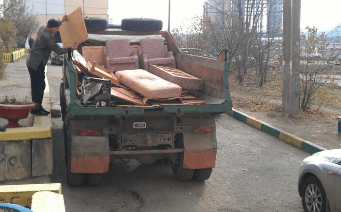 Как организовать вывоз строительного мусора, старой мебели и хлама