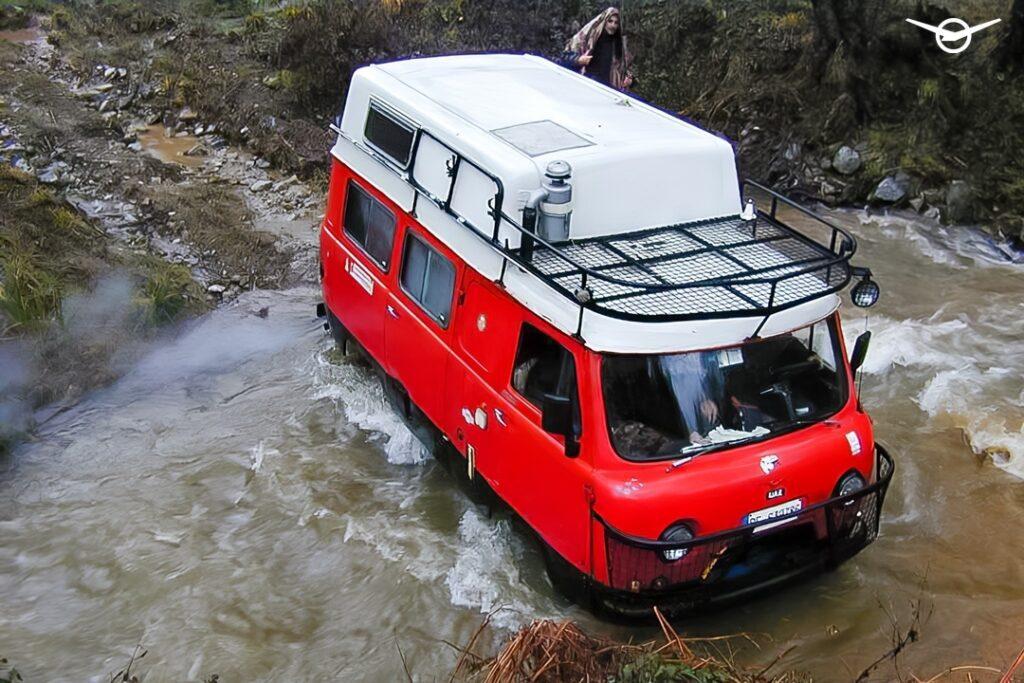 «УАЗ» рассказал об уникальном автодоме на базе УАЗ «Буханки»