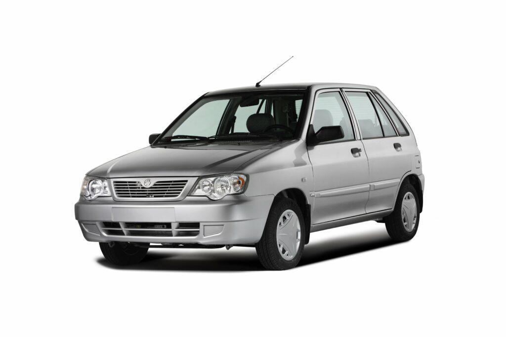 В Иране снимают с производства самый популярный автомобиль