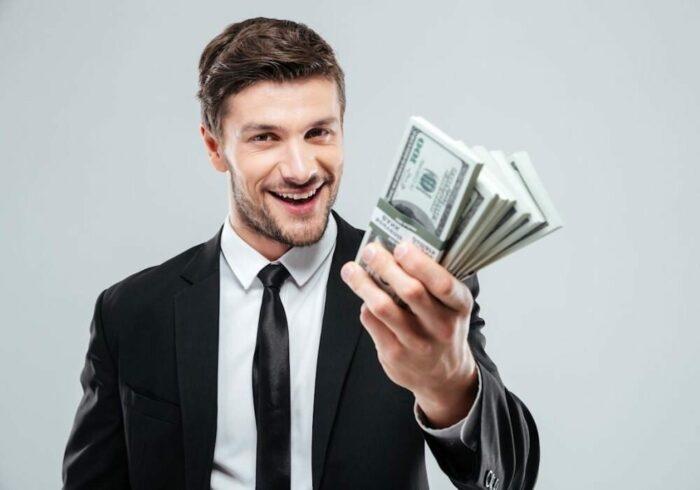 Как быстро научиться делать деньги?