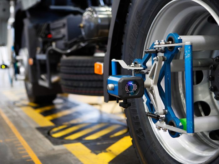 Сход-развал колес: когда пора ехать на СТО?