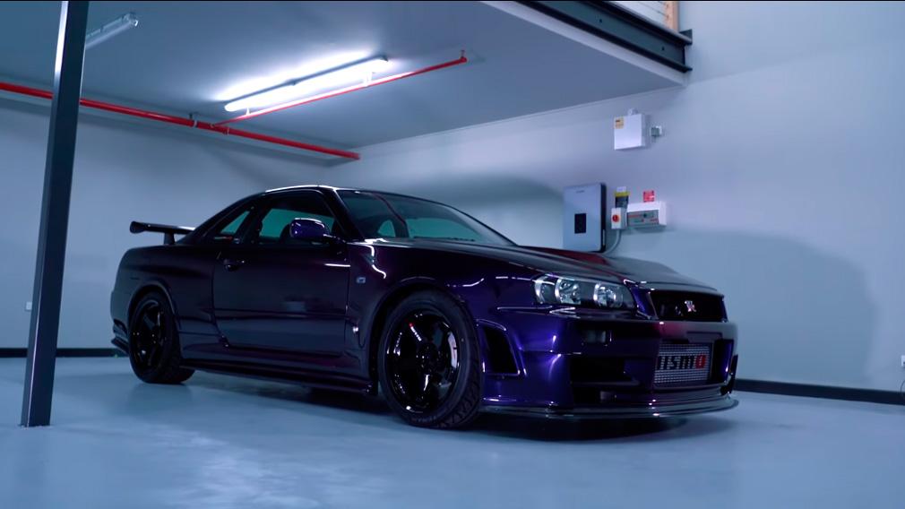 На видео показали самую дорогую версию Nissan GT-R R34