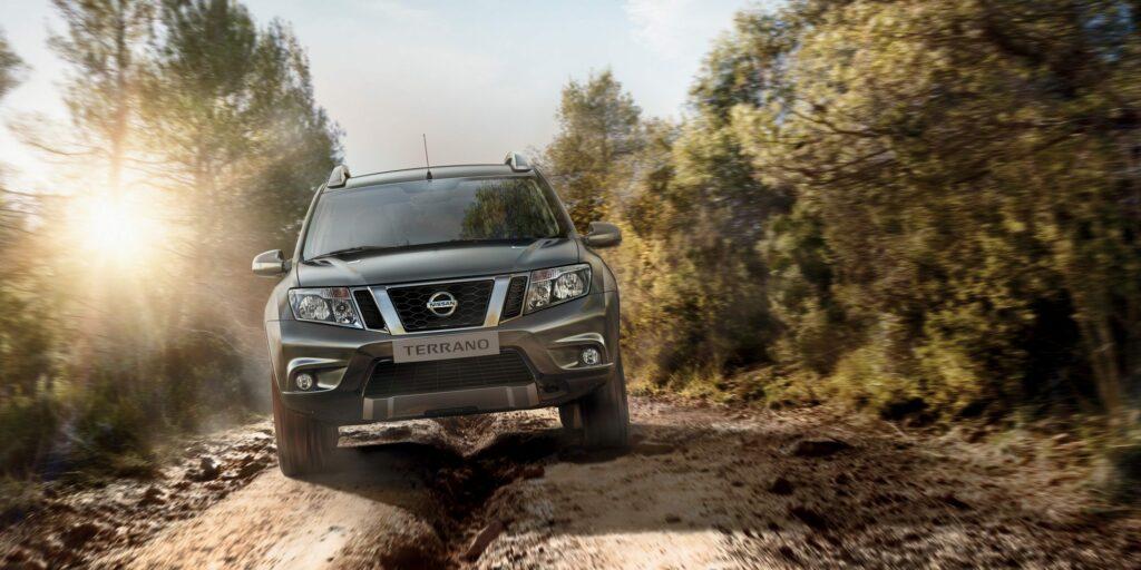 Компания Nissan в РФ представила обновленный кроссовер Terrano