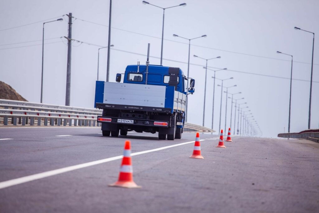 Беспилотные автомобили были протестированы на пути к Крымскому мосту