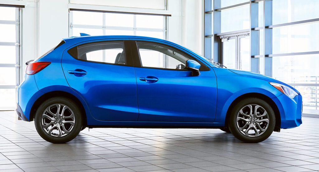 Новый хэтчбек Toyota Yaris для США сделали на платформе Mazda 2