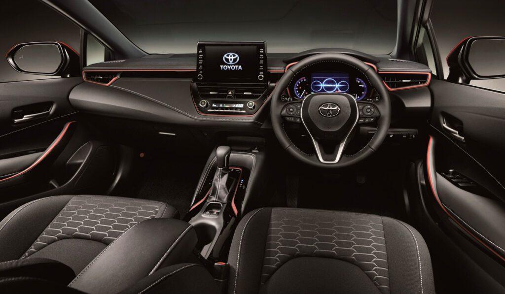 Toyota представила универсал Toyota Corolla с новым двигателем