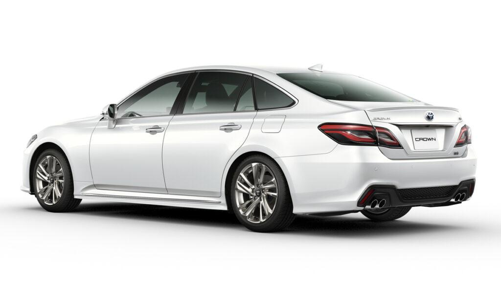 Компания Toyota обновила свою самую старую модель