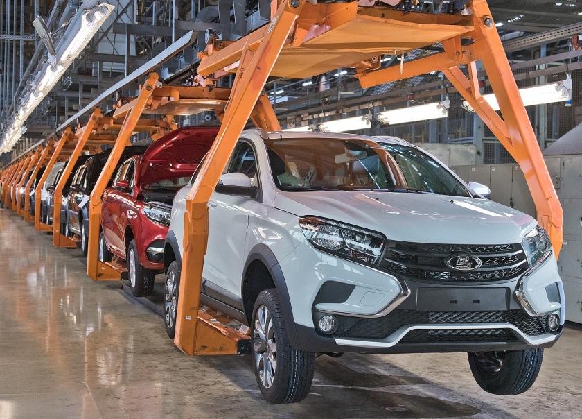 «АвтоВАЗ» начал серийное производство LADA XRAY Cross