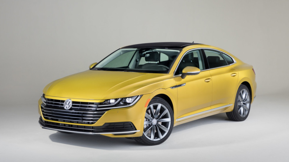 Седан Volkswagen Arteon представлен на автошоу в Чикаго