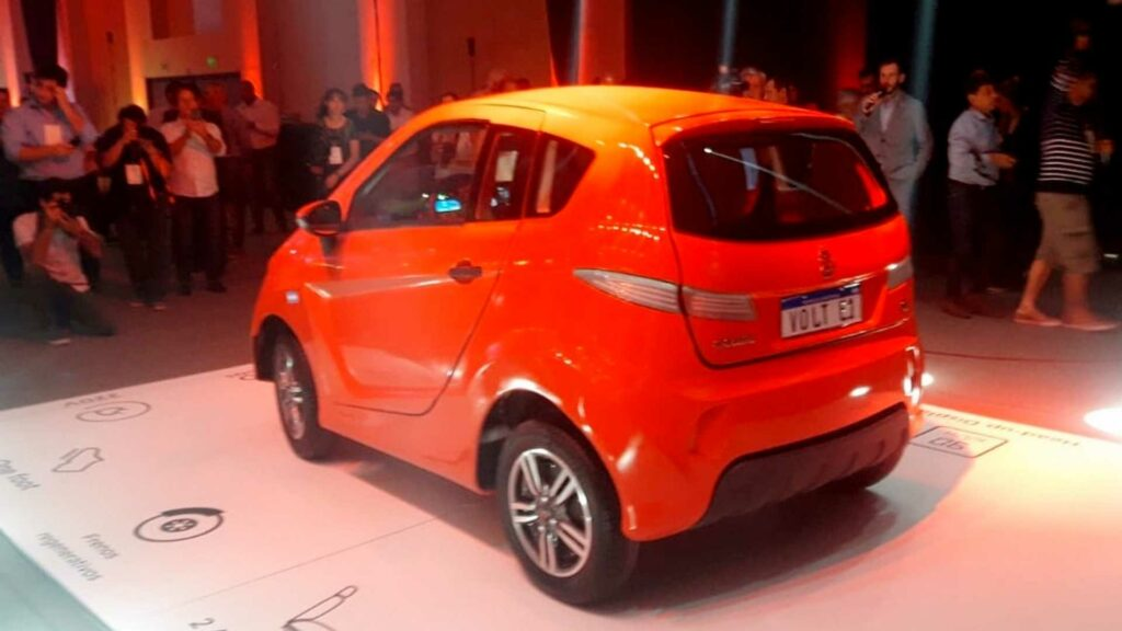 В Аргентине разработали и представили электромобиль Volt e1