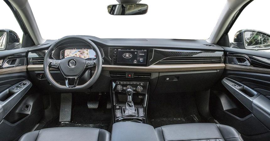 Volkswagen представила новое поколение Passat для Китая
