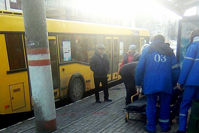 Автобус в Саранске переехал ногу мужчине