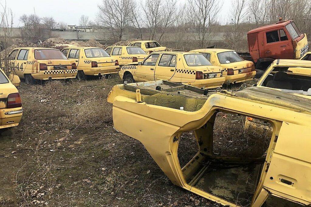 Обнаружено кладбище желтых лифтбеков ЗАЗ-1103 «Славута»